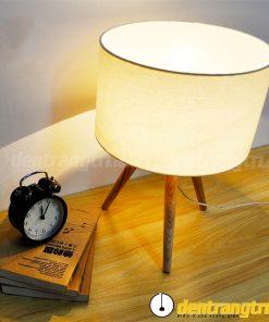 Đèn Bàn Đế Gỗ 3 Chạc - DB0006